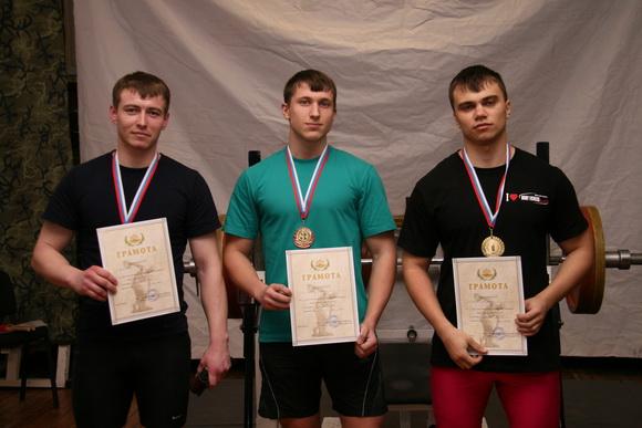 Мужчины до 83 кг: Сулейманов Фаиль, Куркин Иван, Павлов Александр