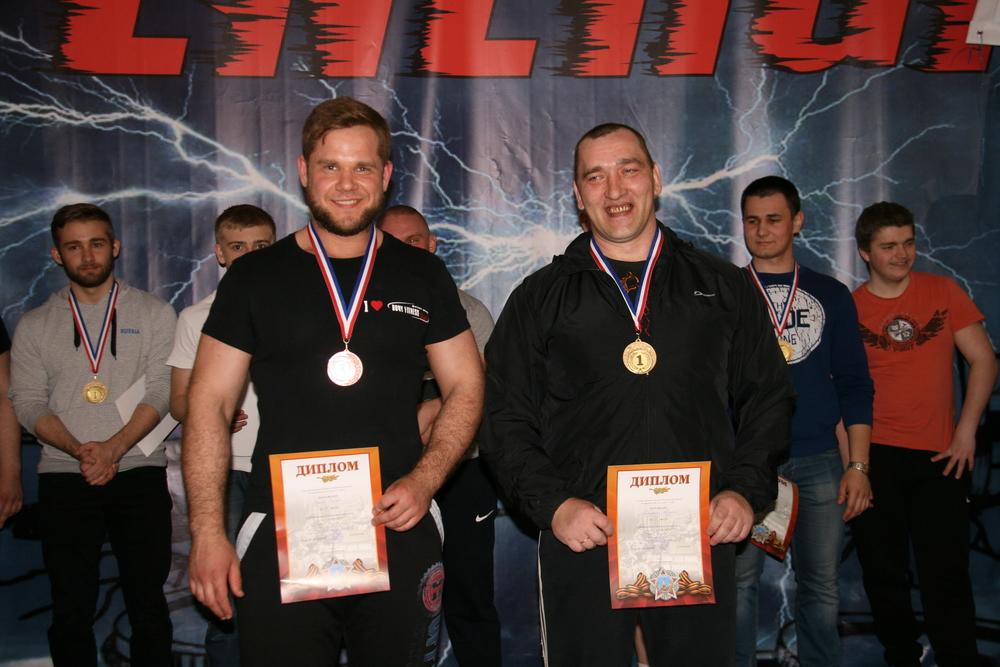 Категория до 105 кг: Федотов Борис (3), Слепухин Андрей (1)